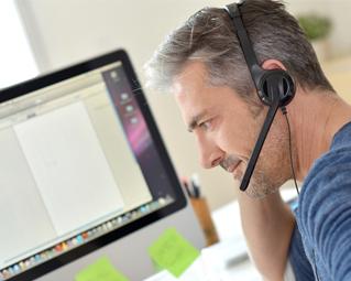Call Center Agent mit integrierter ITK-Lösung